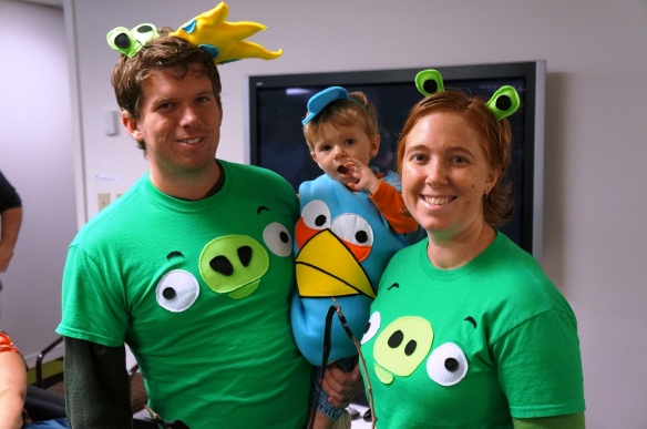 "Carl and family as ""Angry Birds"" take the ""Best All Around"" award"